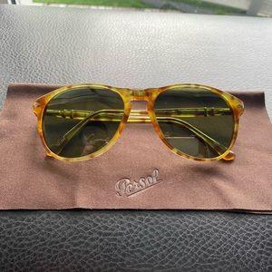 Persol Sunglasses 6649-S 10614E